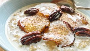 Caramelised apple and pecan porridge