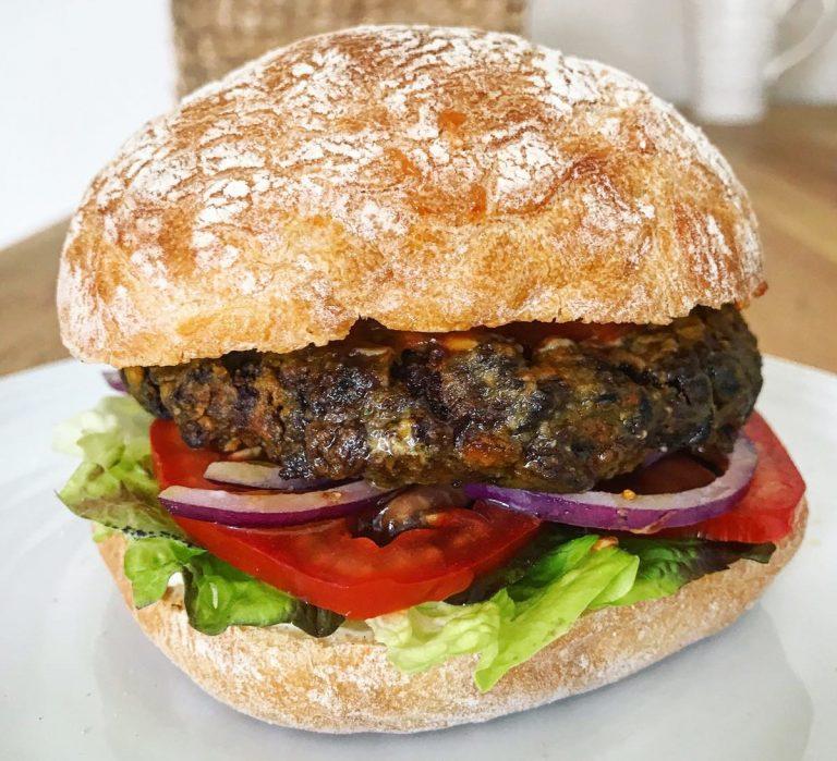 Veggie burger bean burger vegetarian burger