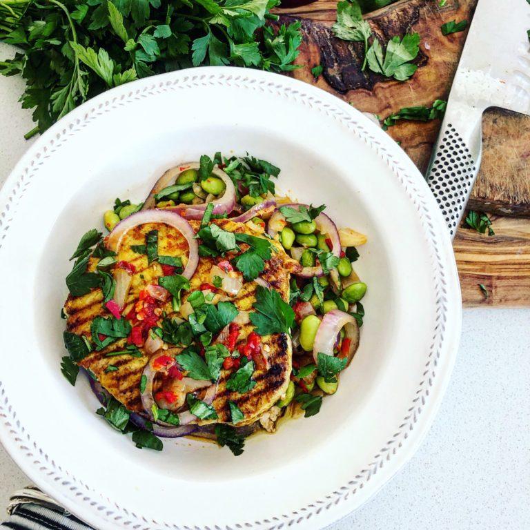 Yellow thai tuna steak with chilli, red onion and edamame